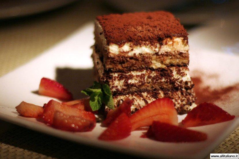 Тирамису классико — рецепт от итальянцев