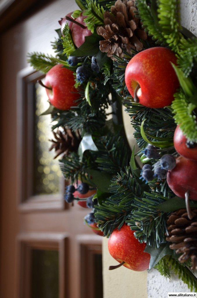 Рождественские украшения входной двери