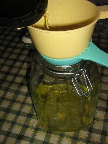 kak-prigotovit-limonchello-likior-napitok-italia-konobella (3)