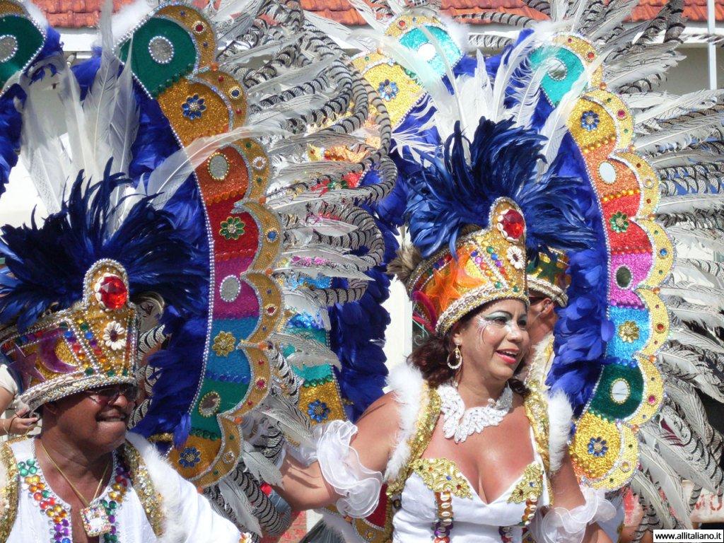 karnaval-konobella-maski-italia-cento