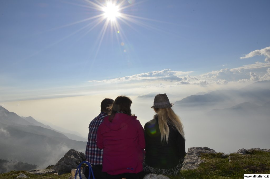 konobella-italy-ozero-lago-malcesine-monte-baldo