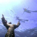 Hristos-iz-bezdny-italia-svetlana-konobella-cristo-degli-abissi-christ-of-the-abyss-podvodnye-skulptury (4)