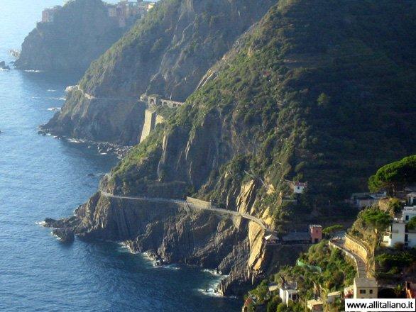 Italia-svetlana-konobella-chinkve-terre-cinque-terre-piat-zemel-liguria (10)