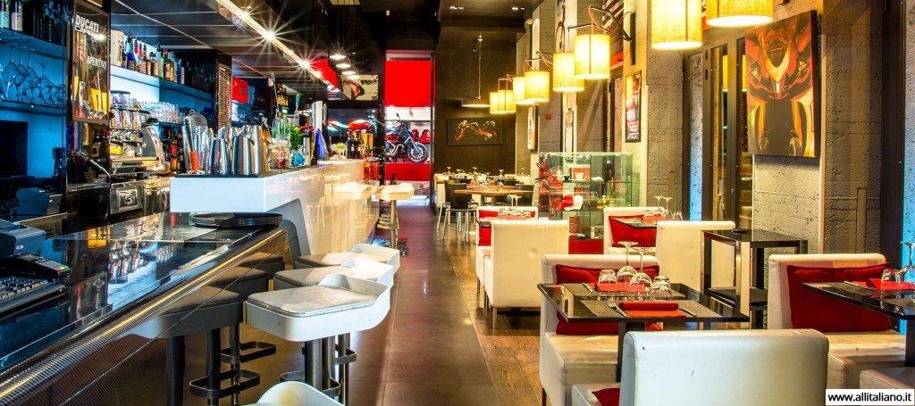 ducati-cafe-italia-svetlana-konobella-samye-neobychnye-restorany-italii