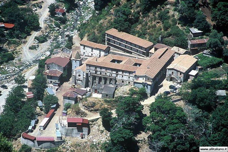 italia-svetlana-konobella-calabria-kalabrija-hram-Santuario-Madonna-Di-Polsi
