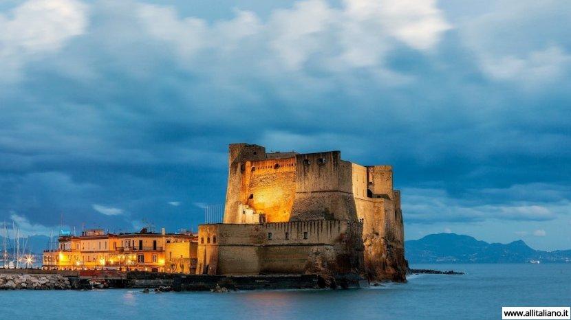 Тайны Яичного замка Кастель дель Ово