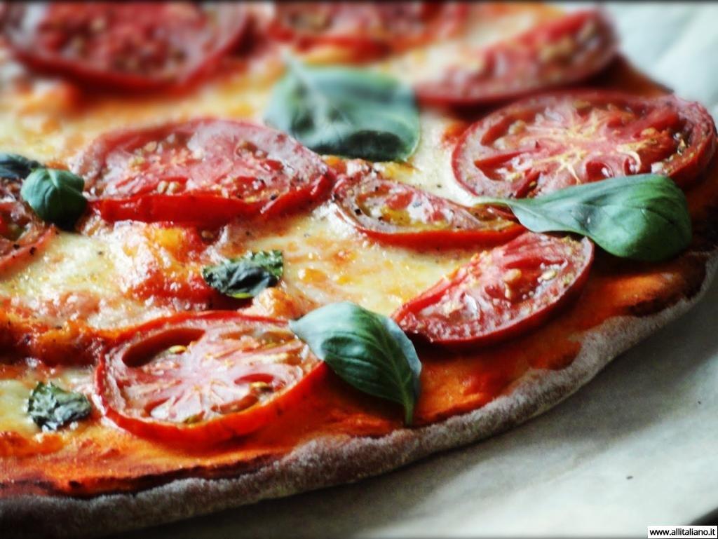 pizza-italia-svetlana-konobella-istorija-pizzy