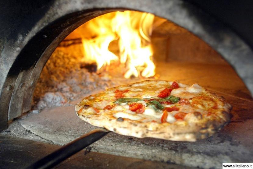 Пицца: пища королей или итальянская повседневность