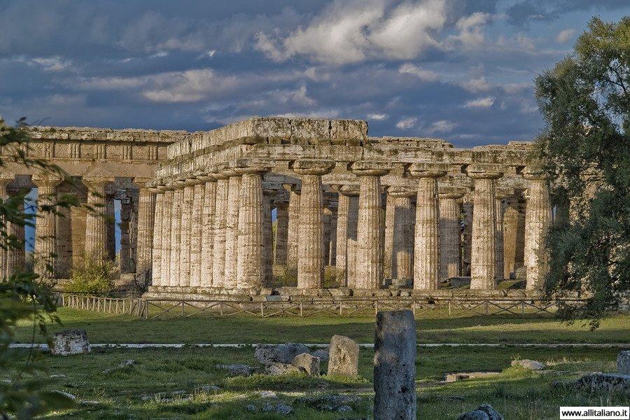 Пестум: история забытого города