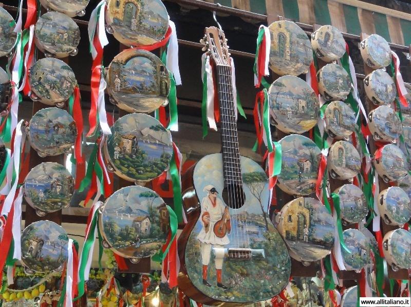 italia-svetlana-konobella-neapol-campagna-suveniry-neapolya