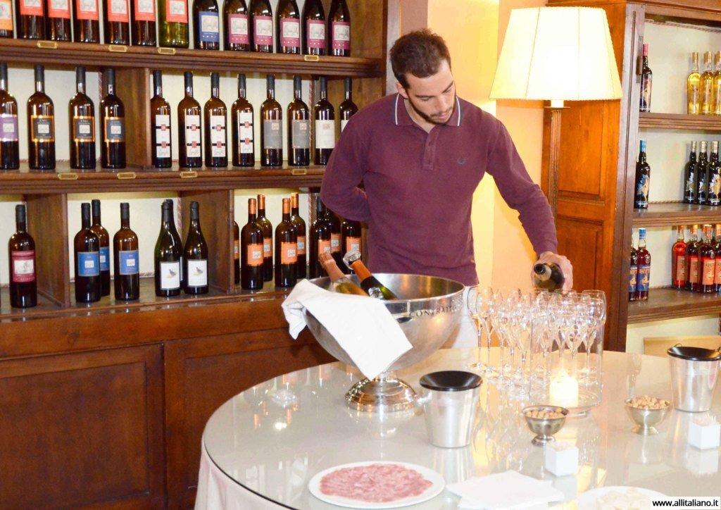 contratto-millesimato-svetlana-konobella-sommelier-asti-piedmont-sparkling-wine-millesimato-igristoe-schaum-wein-(12)